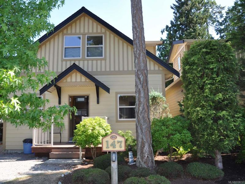 FEATURED LISTING: 147 - 1080 Resort Dr PARKSVILLE