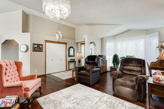 Photo 4: 35 Maple Walk: Crossfield Detached for sale : MLS®# C4268319