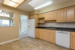 """Photo 5: 411 32044 OLD YALE Road in Abbotsford: Abbotsford West Condo for sale in """"Green Gables"""" : MLS®# R2611024"""