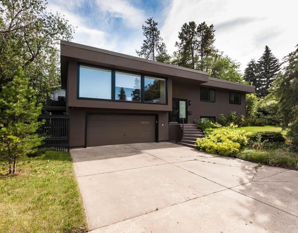 Main Photo:  in Edmonton: Zone 10 House for sale : MLS®# E4260224