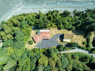 Photo 8: 5684 Seacliff Rd in : CV Comox Peninsula House for sale (Comox Valley)  : MLS®# 852423