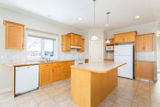 Photo 3: 320 Sunset Way: Crossfield Detached for sale : MLS®# A1061148