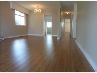 Photo 4: 2928 6TH Ave E in Vancouver East: Renfrew VE Home for sale ()  : MLS®# V998658