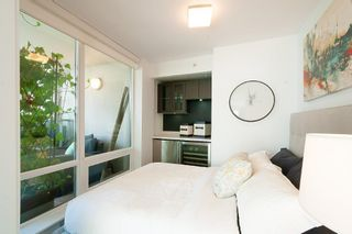 """Photo 13: 901 565 SMITHE Street in Vancouver: Downtown VW Condo for sale in """"VITA"""" (Vancouver West)  : MLS®# R2389668"""