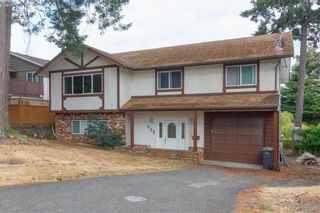 Photo 1: 932 Rankin Rd in VICTORIA: Es Kinsmen Park House for sale (Esquimalt)  : MLS®# 793353