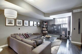 Photo 5: 768 73 Street SW in Calgary: West Springs Row/Townhouse for sale : MLS®# A1044053