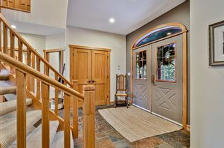 Photo 2: 425 2nd Street: Canmore Detached for sale : MLS®# A1077735