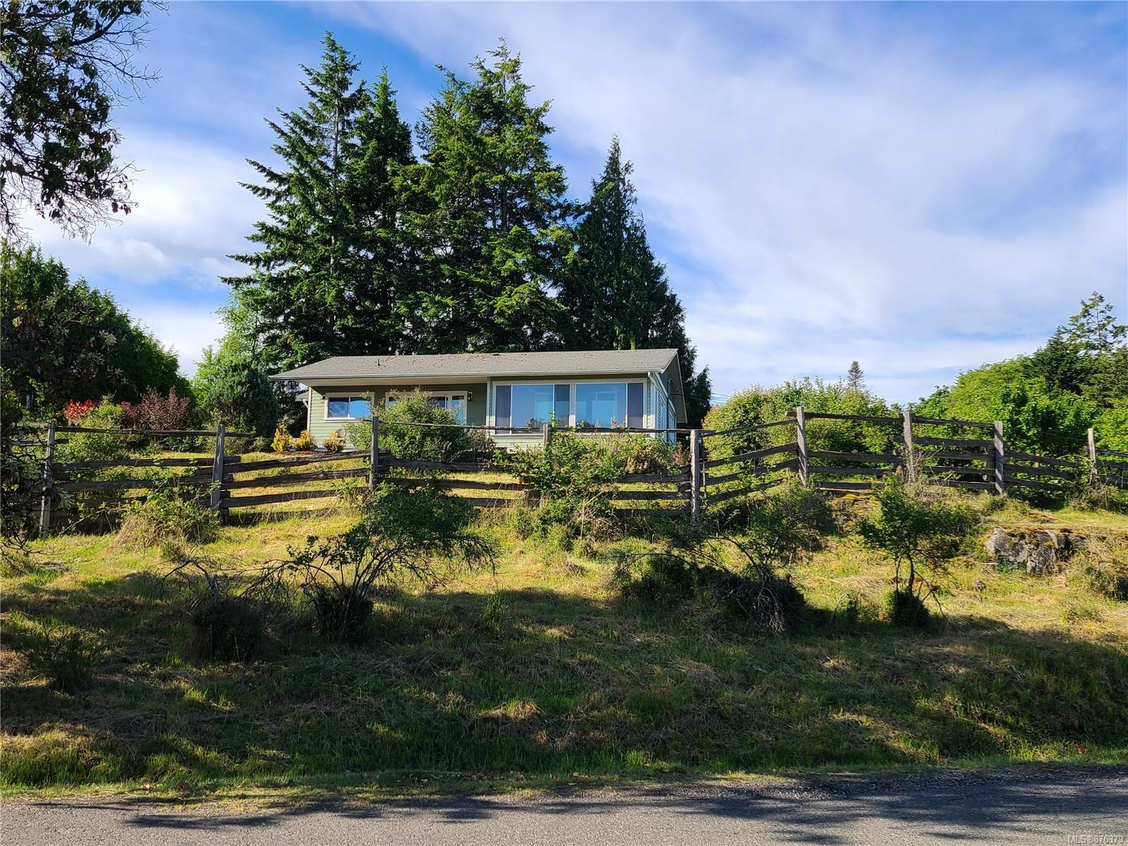 Main Photo: 5151 Fillinger Cres in : Na North Nanaimo House for sale (Nanaimo)  : MLS®# 876379