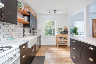 "Photo 13: 2781 GORDON Avenue in Surrey: Crescent Bch Ocean Pk. House for sale in ""CRESCENT BEACH VILLAGE"" (South Surrey White Rock)  : MLS®# R2611315"