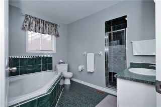 Photo 3: 88 West Side Drive in Clarington: Bowmanville House (2-Storey) for sale : MLS®# E3497075