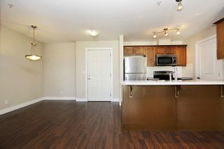 """Photo 5: 412 46150 BOLE Avenue in Chilliwack: Chilliwack N Yale-Well Condo for sale in """"THE NEWMARK"""" : MLS®# R2321393"""