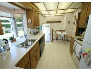 Photo 3:  in CALGARY: Highwood Residential Detached Single Family for sale (Calgary)  : MLS®# C3225712