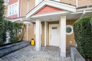 Photo 2: 204 568 ROCHESTER Avenue in Coquitlam: Coquitlam West Townhouse for sale : MLS®# R2562593