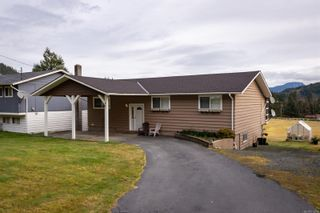 Photo 2: 441 Macmillan Dr in : NI Kelsey Bay/Sayward House for sale (North Island)  : MLS®# 870714