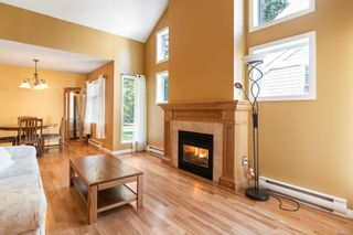 Photo 3: 5224 Arbour Cres in : Na North Nanaimo Row/Townhouse for sale (Nanaimo)  : MLS®# 867266