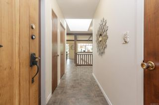 Photo 8: 2370 Lovell Ave in : Si Sidney North-East House for sale (Sidney)  : MLS®# 883197