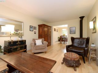 Photo 4: 1321 Pembroke St in VICTORIA: Vi Fernwood Half Duplex for sale (Victoria)  : MLS®# 800491