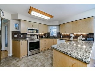 """Photo 7: 213 1200 EASTWOOD Street in Coquitlam: North Coquitlam Condo for sale in """"LAKESIDE TERRACE"""" : MLS®# R2416247"""