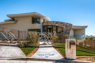 Photo 2: Residential for sale : 5 bedrooms :  in La Jolla