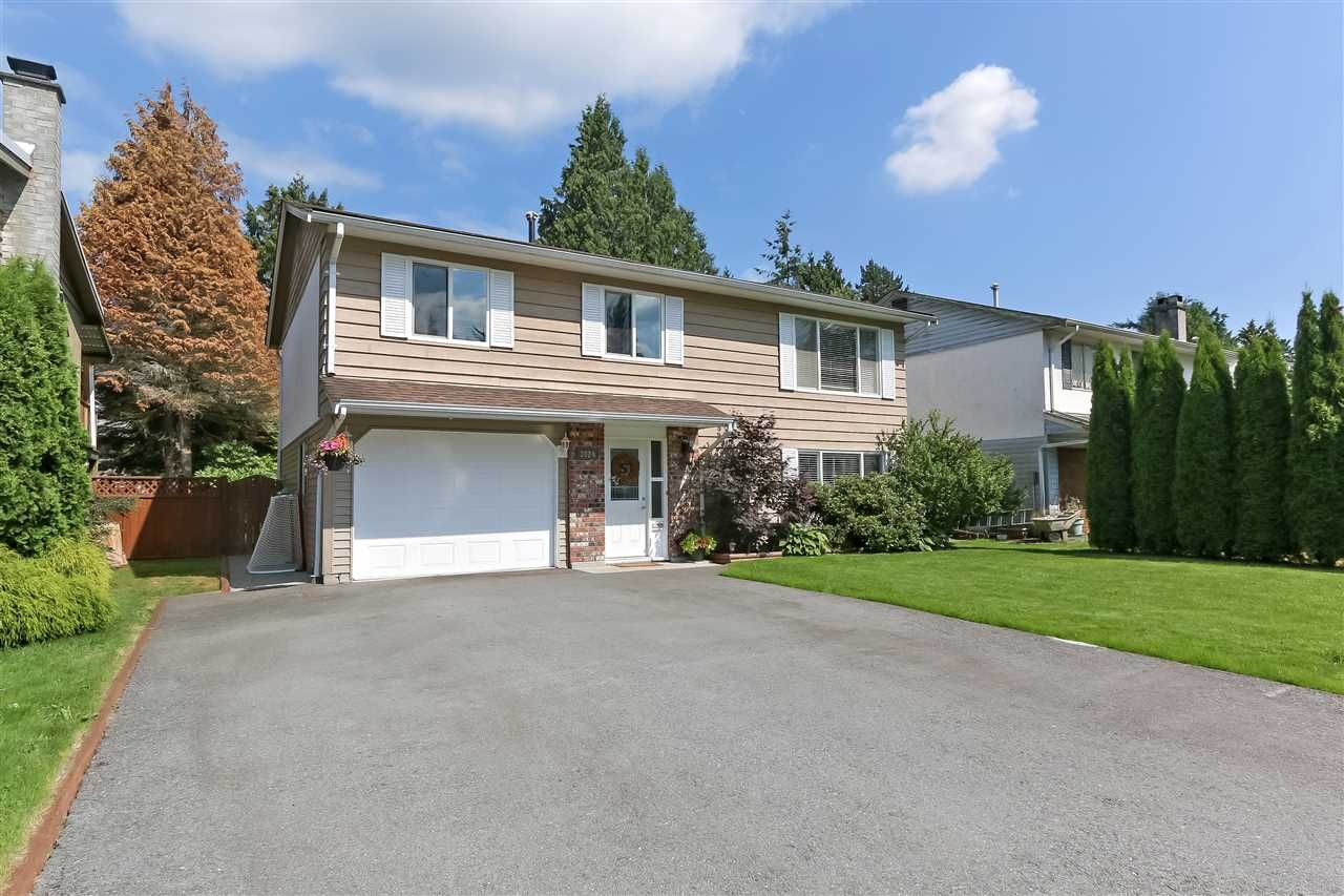 """Main Photo: 3824 KILLARNEY Street in Port Coquitlam: Lincoln Park PQ House for sale in """"LINCOLN PARK"""" : MLS®# R2387777"""