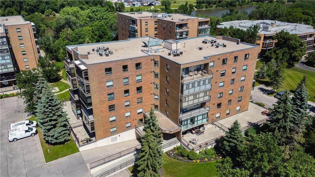Main Photo: 502 1840 Henderson Highway in Winnipeg: North Kildonan Condominium for sale (3G)  : MLS®# 202122481