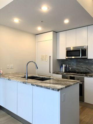 """Photo 8: 2039 W 10TH Avenue in Vancouver: Kitsilano Townhouse for sale in """"WEST 10TH & MAPLE AT ARBUTUS"""" (Vancouver West)  : MLS®# R2472090"""