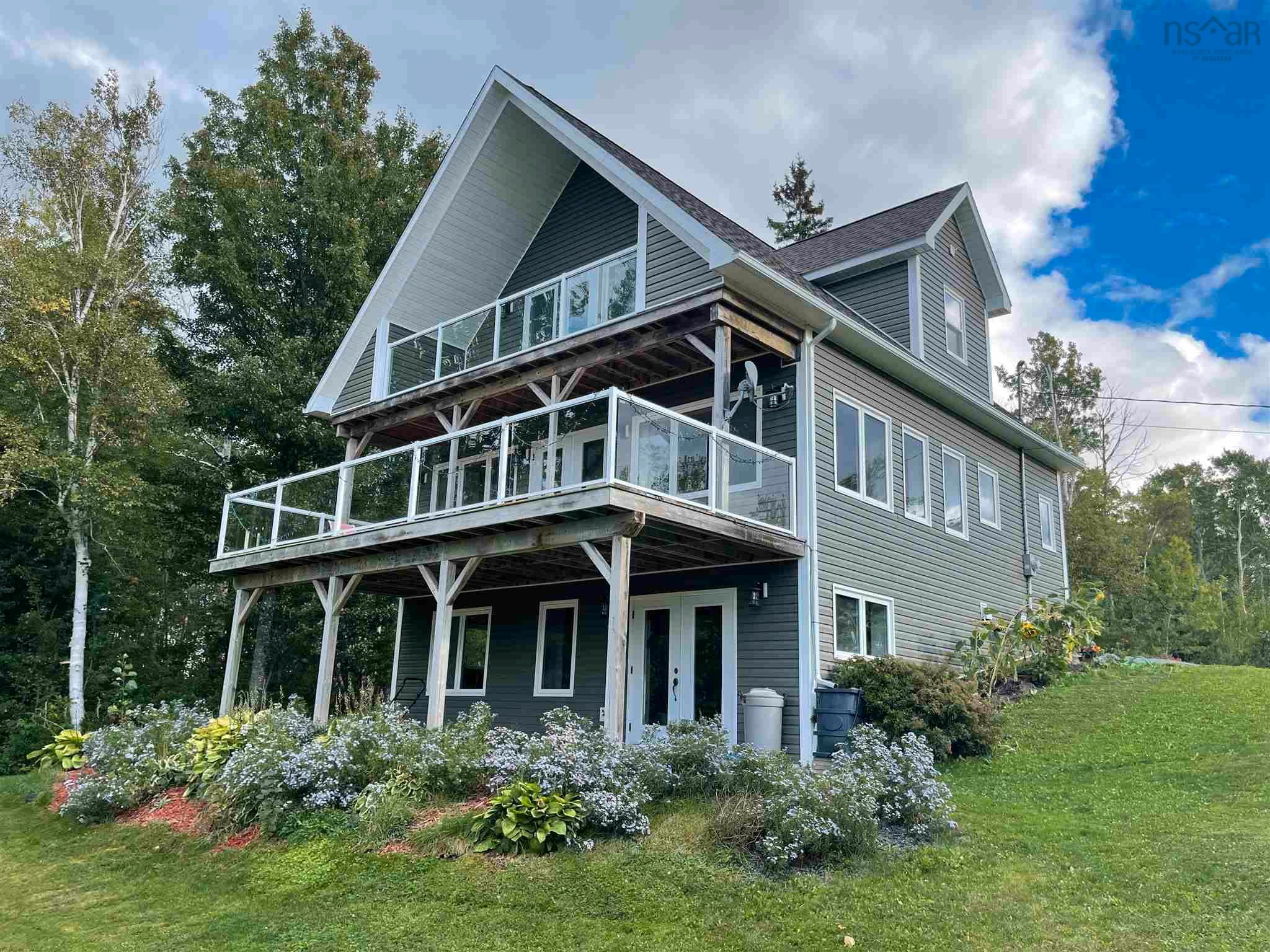 Main Photo: 163 MacNeil Point Road in Little Harbour: 108-Rural Pictou County Residential for sale (Northern Region)  : MLS®# 202125566