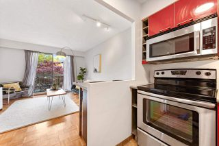 "Photo 7: 202 2080 MAPLE Street in Vancouver: Kitsilano Condo for sale in ""Maple Manor"" (Vancouver West)  : MLS®# R2576001"