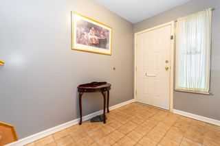 """Photo 5: 32870 3RD Avenue in Mission: Mission BC House for sale in """"WEST COAST EXPRESS EASY ACCESS"""" : MLS®# R2595681"""