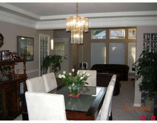 """Photo 7: 14071 23A Avenue in White_Rock: Sunnyside Park Surrey House for sale in """"FOREST EDGE"""" (South Surrey White Rock)  : MLS®# F2800044"""