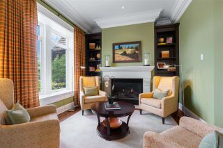 "Photo 13: 15910 HUMBERSIDE Avenue in Surrey: Morgan Creek House for sale in ""Morgan Creek"" (South Surrey White Rock)  : MLS®# R2462332"