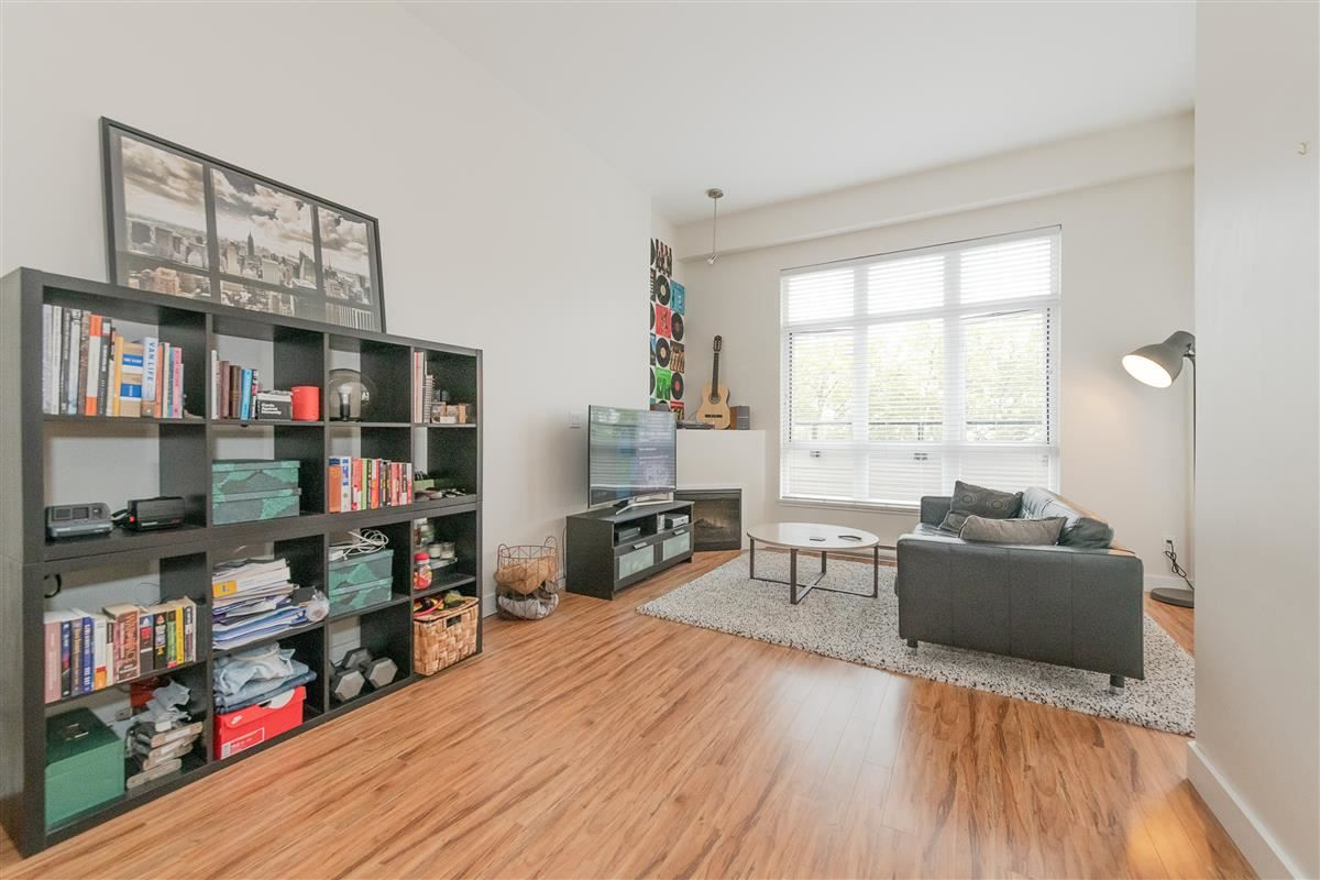 """Photo 2: Photos: 407 7655 EDMONDS Street in Burnaby: Highgate Condo for sale in """"BELLA"""" (Burnaby South)  : MLS®# R2405628"""