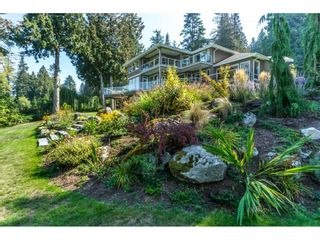 Photo 2: 12929 CRESCENT ROAD in Surrey: Crescent Bch Ocean Pk. House for sale (South Surrey White Rock)  : MLS®# R2456351