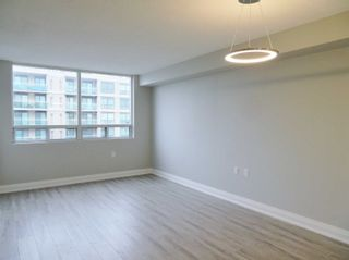 Photo 4: 410 555 Wilson Heights Boulevard in Toronto: Clanton Park Condo for lease (Toronto C06)  : MLS®# C5098988