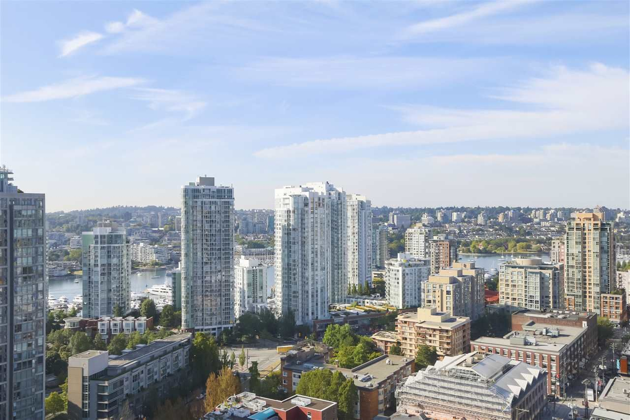 """Main Photo: 2609 977 MAINLAND Street in Vancouver: Yaletown Condo for sale in """"YALETOWN PARK 3"""" (Vancouver West)  : MLS®# R2398459"""