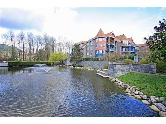 "Main Photo: 315 1200 EASTWOOD Street in Coquitlam: North Coquitlam Condo for sale in ""LAKESIDE TERRACE"" : MLS®# V1057232"