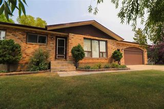 Photo 1: 567 Addis Avenue: West St Paul Residential for sale (R15)  : MLS®# 202119383