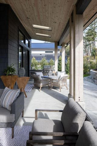 Photo 36: 2216 Riviera Pl in : La Bear Mountain House for sale (Langford)  : MLS®# 867158