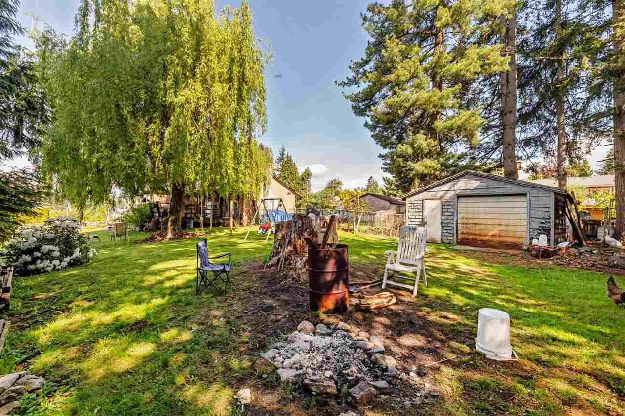 Photo 22: Photos: 8042 CEDAR Street in Mission: Mission BC House for sale : MLS®# R2579765
