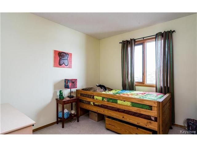 Photo 15: Photos: 35 Royal Park Crescent in Winnipeg: Southland Park Residential for sale (2K)  : MLS®# 1706238