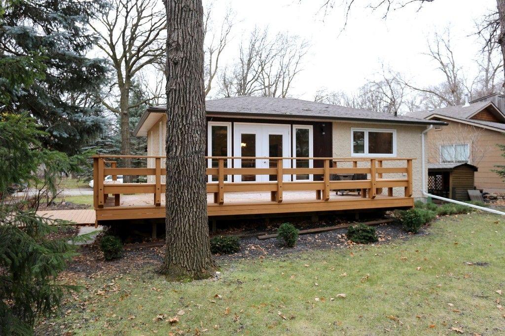 Photo 34: Photos: 306 Wildwood Park in Winnipeg: Wildwood Single Family Detached for sale (1J)  : MLS®# 1728410