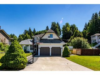 Photo 3: 8052 WAXBERRY Crescent in Mission: Mission BC House for sale : MLS®# R2595627