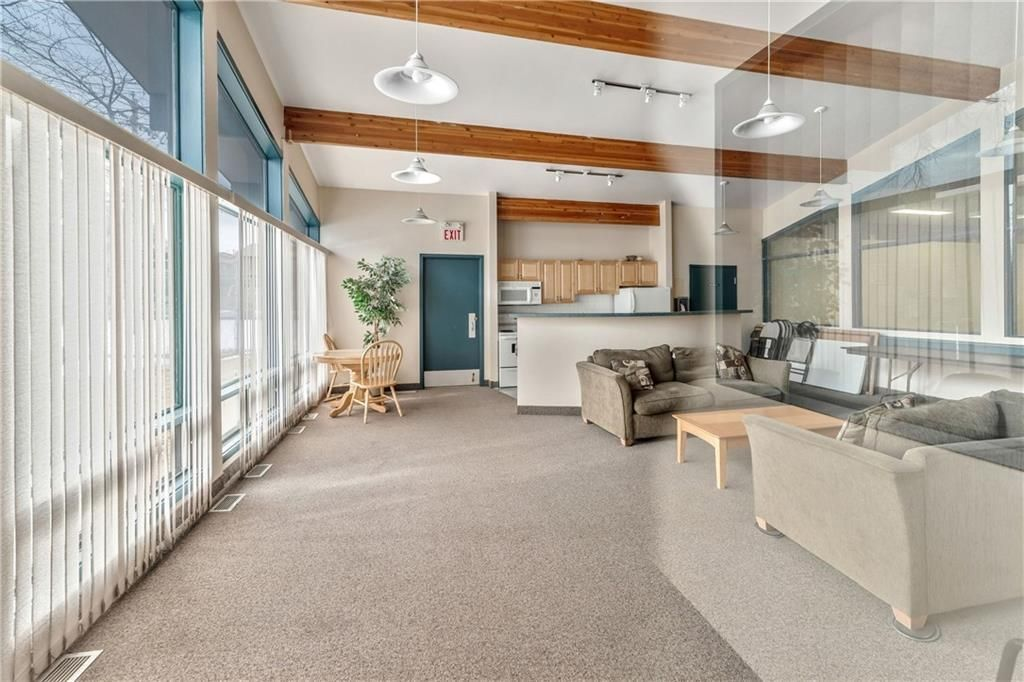 Photo 25: Photos: 9306 315 SOUTHAMPTON Drive SW in Calgary: Southwood Apartment for sale : MLS®# C4224686