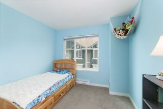 """Photo 16: 4 6956 193 Street in Surrey: Clayton Townhouse for sale in """"The Edge"""" (Cloverdale)  : MLS®# R2194953"""