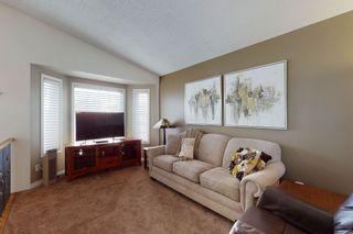 Photo 5: 16112 83 St: Edmonton House for sale