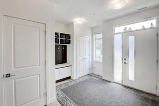 Photo 3: 109 15 Rosscarrock Gate SW in Calgary: Rosscarrock Row/Townhouse for sale : MLS®# A1130892