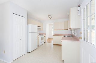 Photo 8: 8837-8839 Chemainus Rd in : Du Chemainus Full Duplex for sale (Duncan)  : MLS®# 882484
