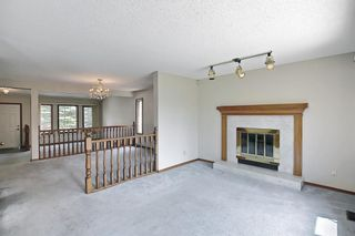 Photo 8: 52 Shawnee Way SW in Calgary: Shawnee Slopes Detached for sale : MLS®# A1117428
