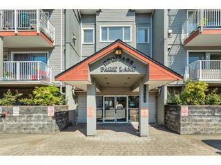 """Photo 3: 107 33669 2ND Avenue in Mission: Mission BC Condo for sale in """"HERITAGE PARK LANE"""" : MLS®# R2612757"""