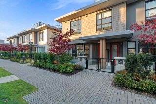 """Photo 23: 209 1055 RIDGEWOOD Drive in North Vancouver: Edgemont Townhouse for sale in """"CONNAUGHT"""" : MLS®# R2552673"""